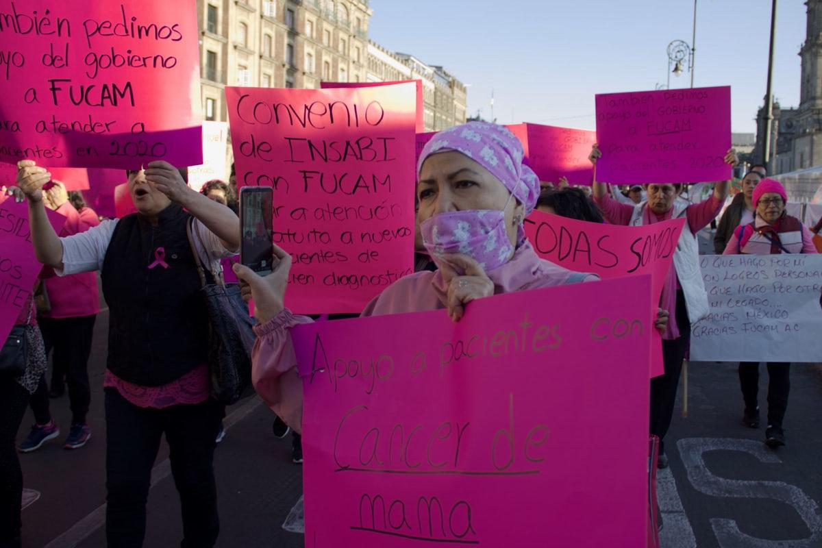 cáncer de mama, desaparición seguro popular, protesta de pacientes de Fucam