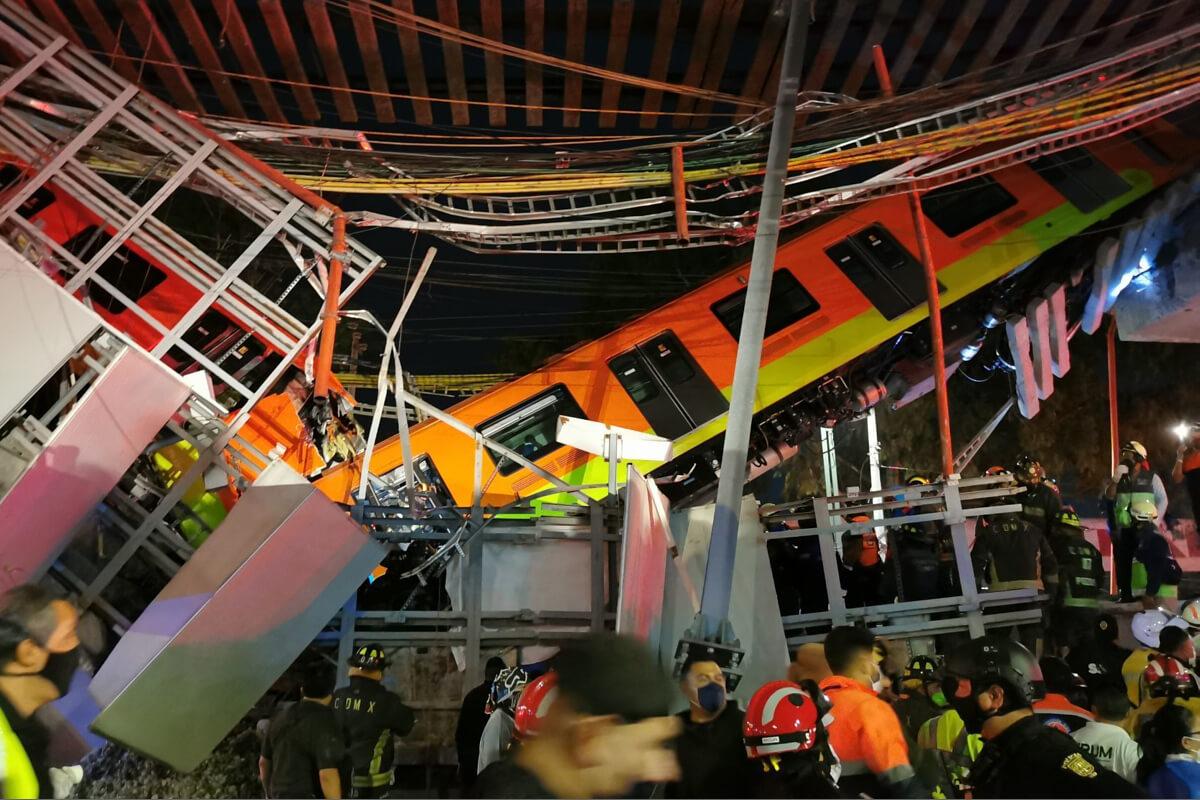 Vagones tras desplome de Línea 12 del Metro