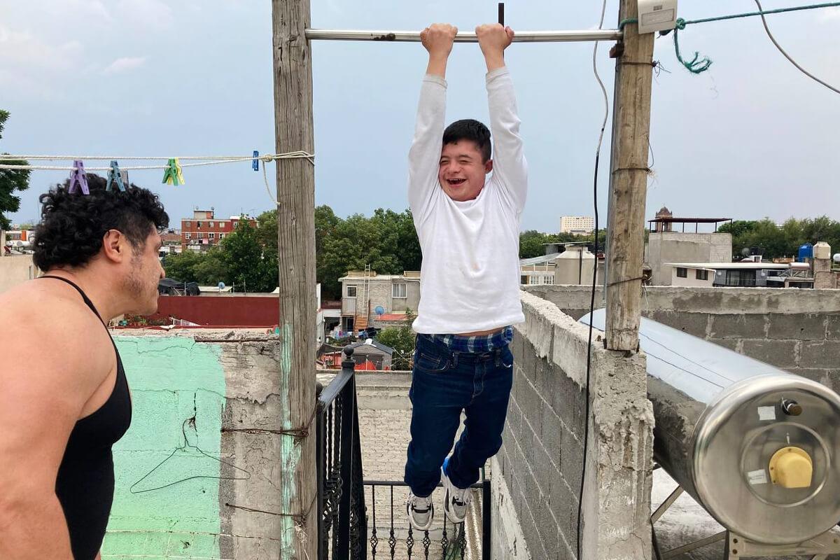 Pável, estudiante con síndrome de Down