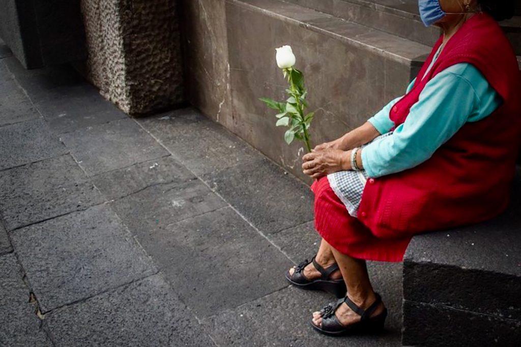 Mujeres adultas mayores, población en México